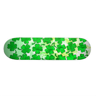 FOUR LEAF CLOVERS Skateboard