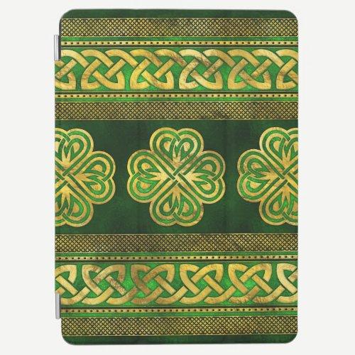 Four-leaf Lucky Clover Shamrock Ornament iPad Air Cover