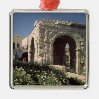 Four-way Arch of Marcus Aurelius and Lucius Metal Ornament