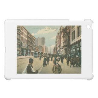 Fourteenth St, New York City iPad Mini Cover