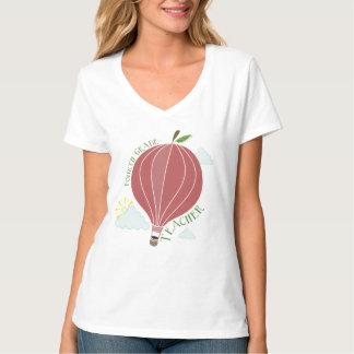 Fourth Grade Teacher Hot Air Balloon Apple T-Shirt