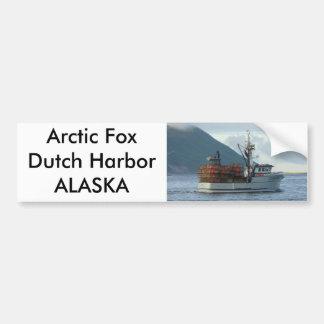 Fox ártico, barco del cangrejo en el puerto holand pegatina para auto