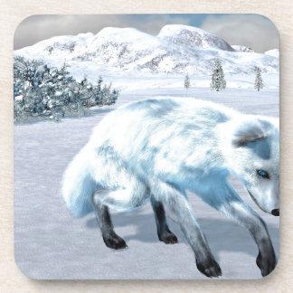 Fox ártico en invierno posavasos