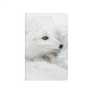 Fox ártico encrespado para arriba en invierno cuadernos