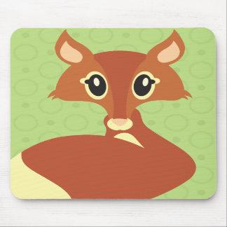 Fox de Kawaii en fondo verde Alfombrillas De Ratón