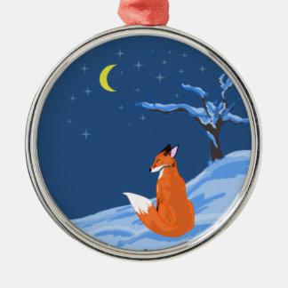 Fox de la noche del invierno adorno redondo plateado