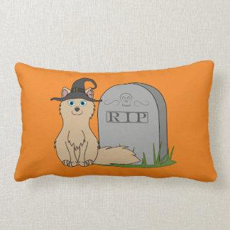 Fox del moreno con la piedra del sepulcro del cojines