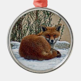 Fox en el ornamento de la nieve adorno