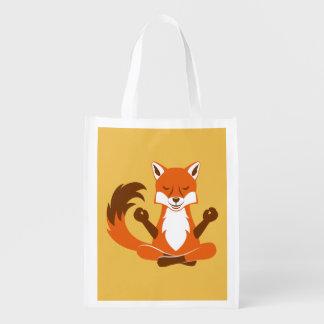 Fox en una actitud de la yoga bolsa de la compra