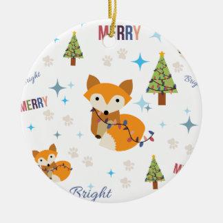 Fox feliz y brillante adorno navideño redondo de cerámica