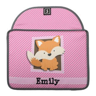 Fox lindo en rayas rosadas y blancas fundas para macbooks