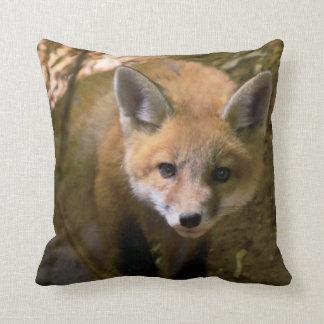 fox photo cotton throw pillow