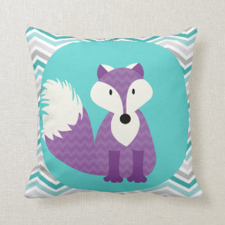 Fox púrpura en la almohada de tiro de la