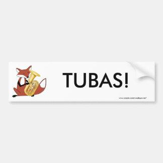 Fox que juega la tuba etiqueta de parachoque