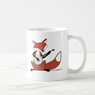 Fox que toca el banjo taza de café