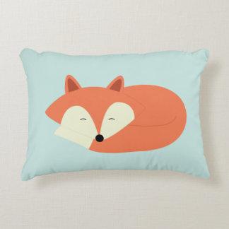 Fox rojo soñoliento cojín decorativo