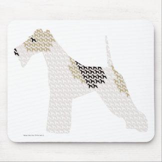 Fox terrier del alambre (siluetas /shadows) mouse pad