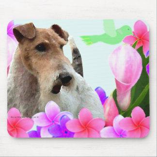 Fox terrier y flores del alambre mousepad