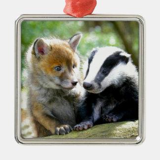 ¡Foxcub y tejón lindos! Adorno