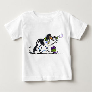 Foxhound Blowing Bubbles Off-Leash Art™ T-shirt