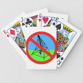 Fracking anti ninguna protesta de la perforación d barajas de cartas