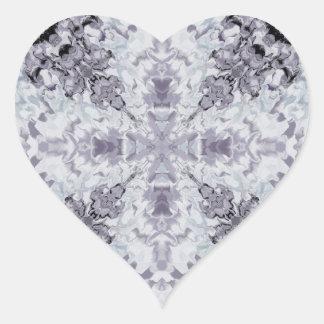 Fractal 13 del plasma pegatina en forma de corazón