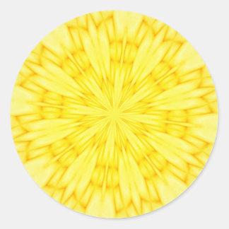 Fractal amarillo del flor pegatina redonda