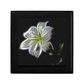 Fractal blanco de la orquídea en negro cajas de recuerdo