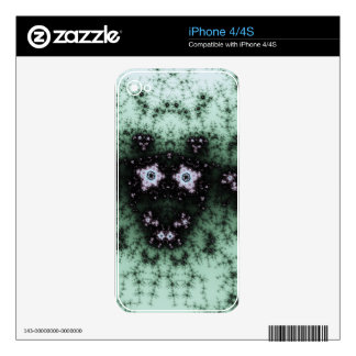 Fractal Cow iPhone 4S Skins