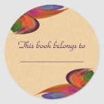Fractal del flor del arco iris etiqueta redonda
