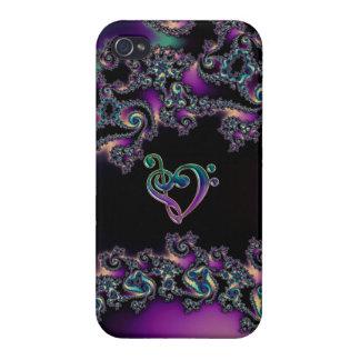Fractal delicioso oscuro con el corazón del Clef d iPhone 4 Protector
