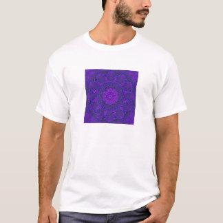 Fractal Design (Halaflax Design UV)  Men's T-shirt
