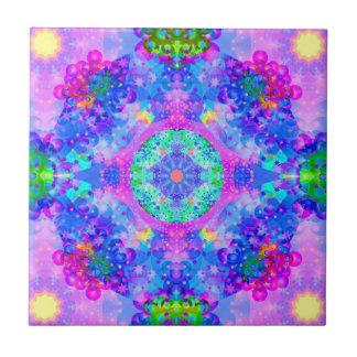 Fractal púrpura y verde del caleidoscopio azulejo cuadrado pequeño