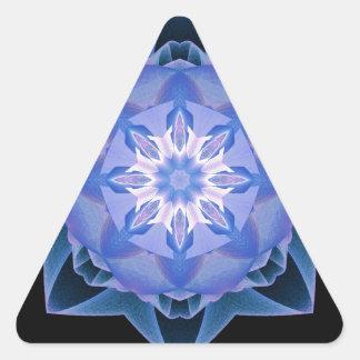 Fractal Stardust azul marino Pegatina Triangular