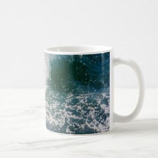 Fractura de la ola oceánica taza