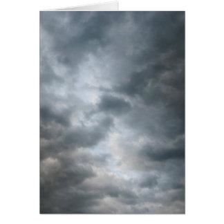 Fractura de las nubes de tormenta tarjeta de felicitación