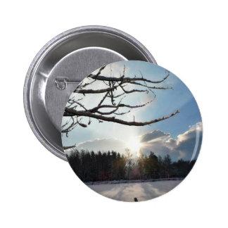 Fractura de las nubes el día de invierno pin