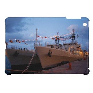 Fragatas portuguesas en el crepúsculo iPad mini coberturas