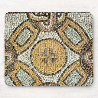 Fragmento del piso de los baños romanos alfombrillas de ratones