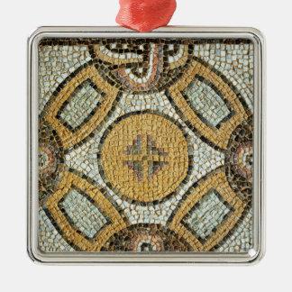 Fragmento del piso de los baños romanos ornamentos de reyes magos