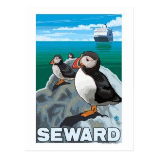 Frailecillos y barco de cruceros - Seward, Alaska Postales