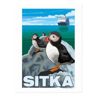 Frailecillos y barco de cruceros - Sitka Alaska Postales