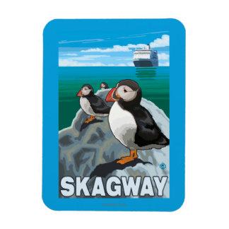 Frailecillos y barco de cruceros - Skagway, Alaska Imanes Flexibles