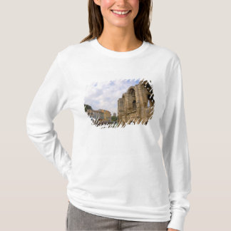 France, Arles, Provence, Roman amphitheatre T-Shirt