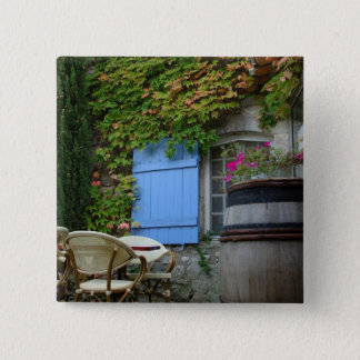 France, Les Baux de Provence, café patio Button