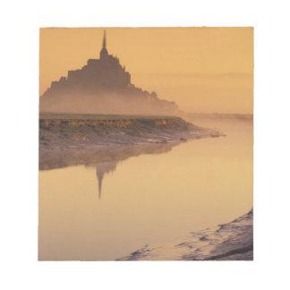 FRANCE, Normandy Mont St. Michel. Morning Light Scratch Pads