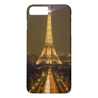 France, Paris. Nighttime view of Eiffel Tower iPhone 8 Plus/7 Plus Case