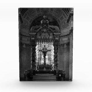France Paris royal chapel altar St James Palace 70 Award