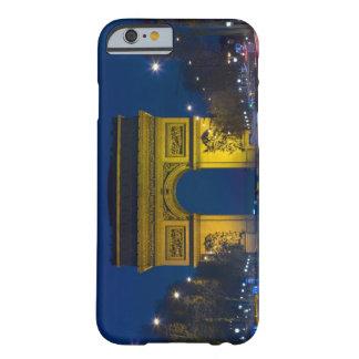 France, Paris. The Arc de Triomphe and the iPhone 6 Case