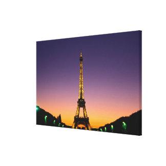 France, Paris, Tour Eiffel at sunset. Canvas Print